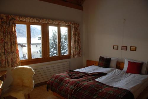Hotel Pictures: Il Baduogn Alpine, S-chanf