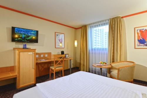 Hotel Pictures: AMBER HOTEL Leonberg / Stuttgart, Leonberg