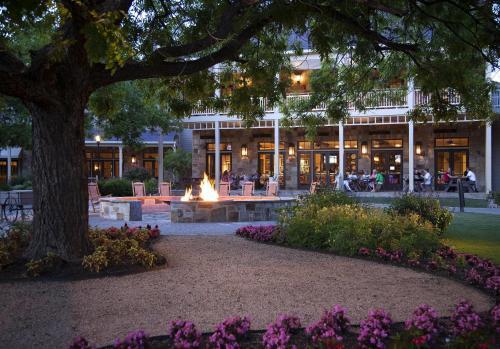 Hyatt Regency Lost Pines Resort and Spa