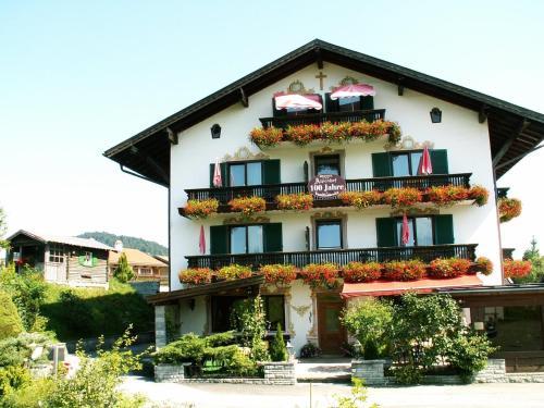 Hotel Pictures: Hotel Alpenhof, Wallgau