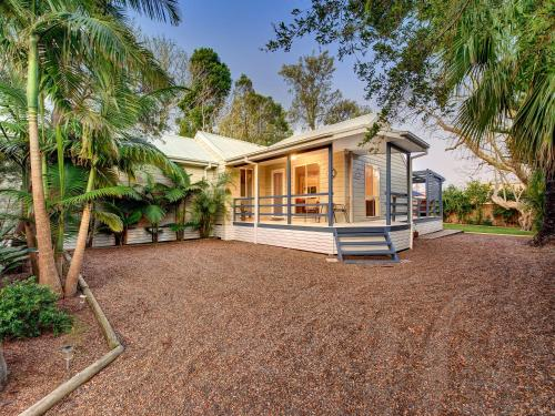 Hotellikuvia: Pine Cottage, Nelson Bay