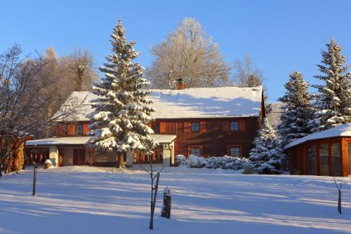 Hotel Pictures: Guest House Sněžník, Sněžnik