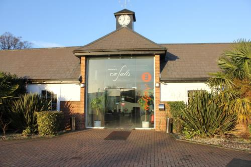Hotel Pictures: Desalis Hotel London Stansted, Elsenham