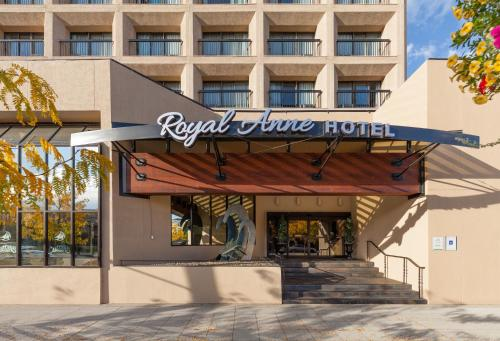 Hotel Pictures: Royal Anne Hotel, Kelowna
