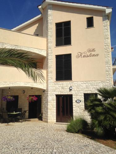 Apartments Villa Kristina