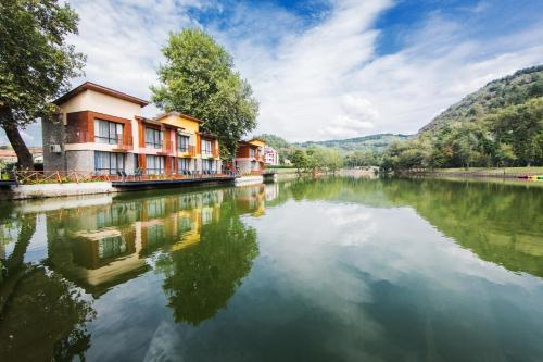 Fotos de l'hotel: Waterside Houses, Ognyanovo