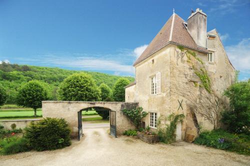 Hotel Pictures: , Voutenay-sur-Cure