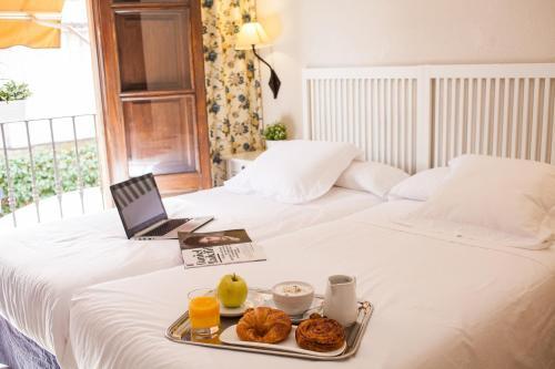 Hotel Pictures: Miguel De Cervantes, Alcalá de Henares