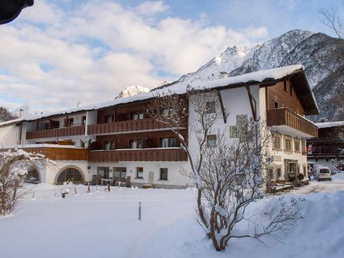 Hotel Pictures: Frankenhof, Scharnitz