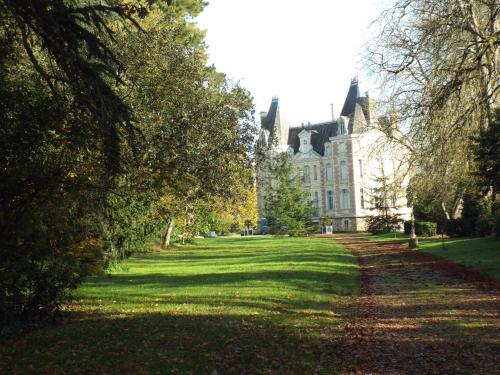 Hotel Pictures: , Chemiré-sur-Sarthe