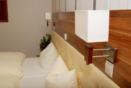 Hotel Pictures: Hotel Laux, Merzig