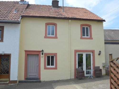 Hotel Pictures: Holiday home Wallenborn, Wallenborn