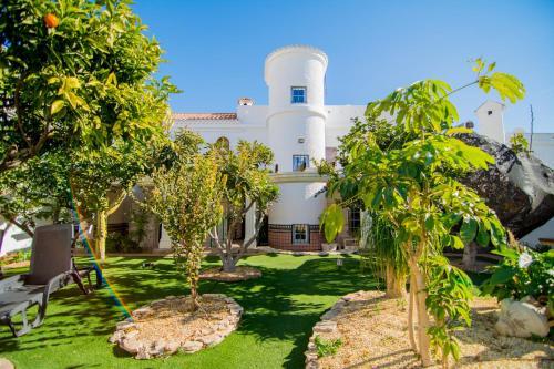 Hotel Pictures: , Almería
