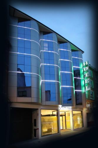 Hotel Pictures: Hotel Cardenal, Monforte de Lemos