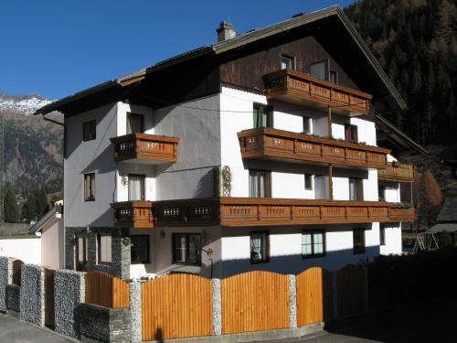 Fotografie hotelů: Appartements Schusser, Mallnitz