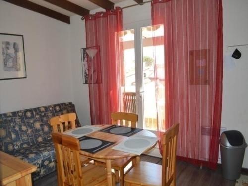 Hotel Pictures: Rental Apartment Les Sablons 1 Et 2 1, Port Leucate