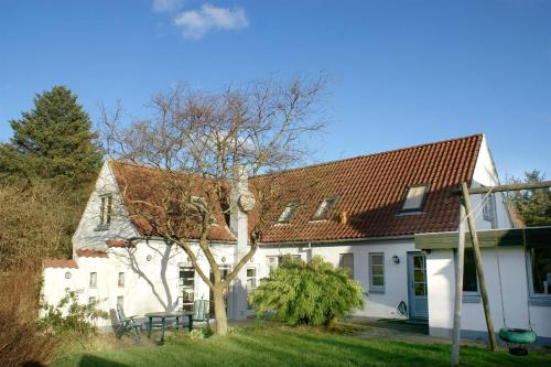 Hotel Pictures: Tversted Holiday Home 13, Tversted