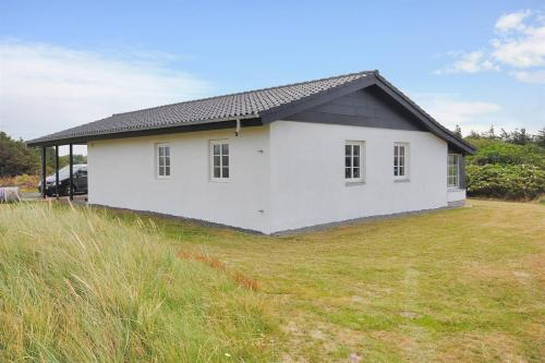 Hotel Pictures: Harboøre Holiday Home 358, Vrist
