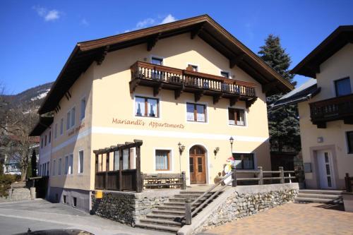 Hotel Pictures: Mariandls Appartement, Piesendorf