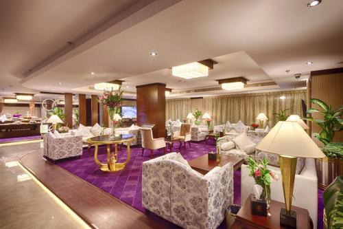 Lavona Hotel
