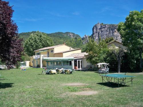 Hotel Pictures: L'Oustaou, Castellane