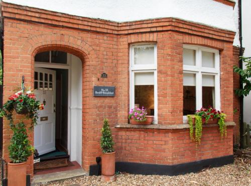 Hotel Pictures: , Walton upon Thames