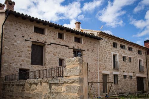 Hotel Pictures: Apartamentos Casa La Cuca, Alfambra