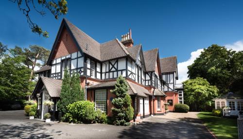 Langtry Manor Hotel