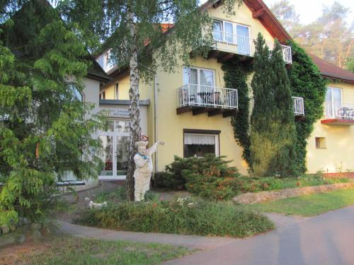 Hotel Pictures: , Wesenberg