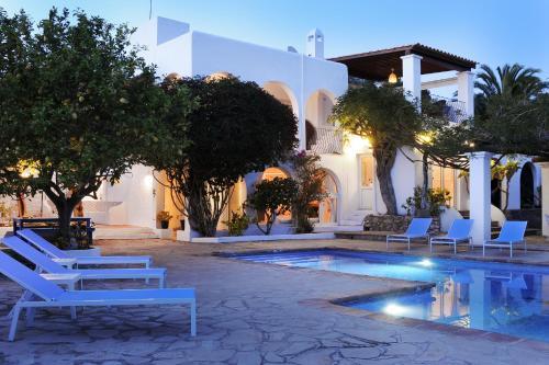 Hotel Pictures: , Santa Gertrudis de Fruitera