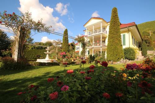 Hotel Pictures: Baumanns Landhaus, Durbach