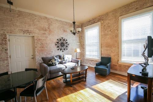 Iberville Apartments, Unit 304