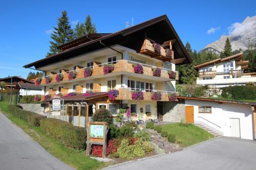 Hotelbilleder: Tannenhof, Ehrwald