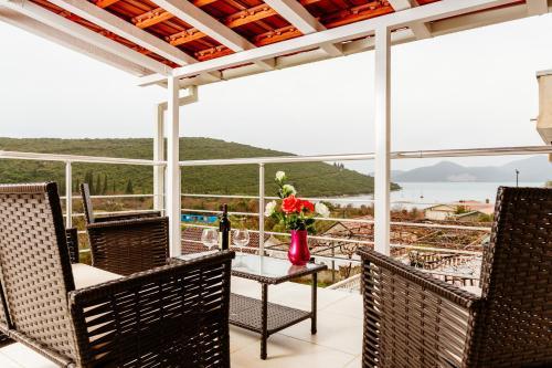 Bigova Sea Views Apartments