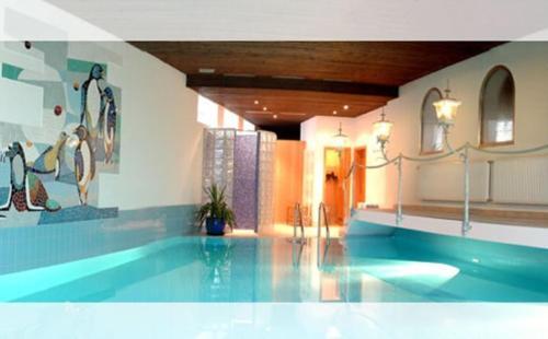 Hotel Pictures: Hotel Roter Hahn Garni, Garmisch-Partenkirchen
