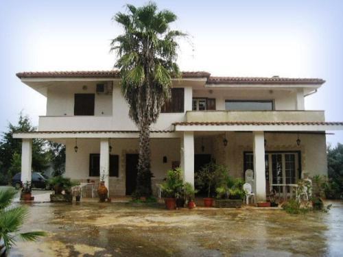 Villa Mado