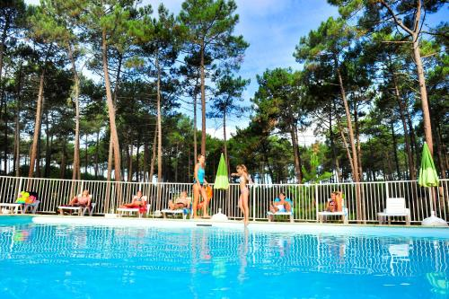 Hotel Pictures: , Maubuisson
