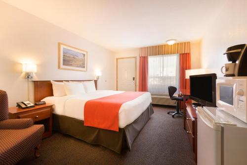 Hotel Pictures: Super 8 Drayton Valley, Drayton Valley