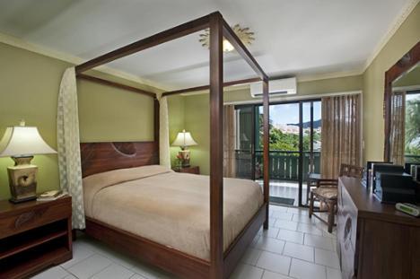 Colony Cove Beach Resort