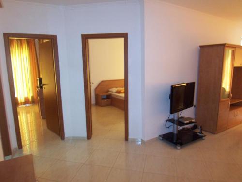 Foto Hotel: Bulgarienhus Antonia Apartments, Sveti Vlas