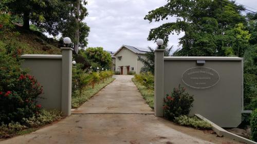 Bambous River Lodge