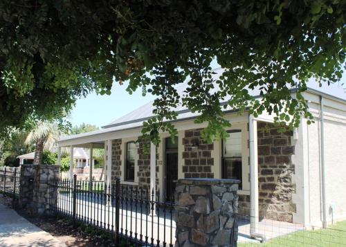 Hotel Pictures: Barossa Bed & Breakfast, Tanunda