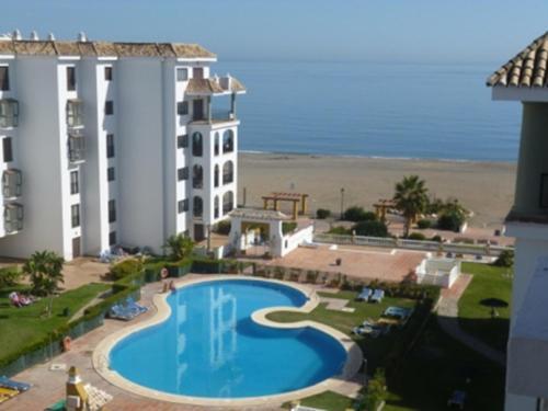 Hotel Pictures: Marina Duquesa apartemento 2066, Manilva