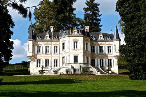 Hotel Pictures: , Fronsac