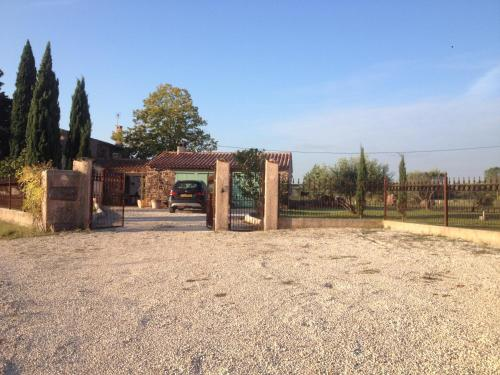 Hotel Pictures: Country House Mas des Oliviers, Le Cannet-des-Maures