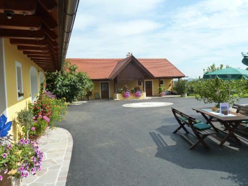 Photos de l'hôtel: Weingut- Gästezimmer Marko, Leutschach