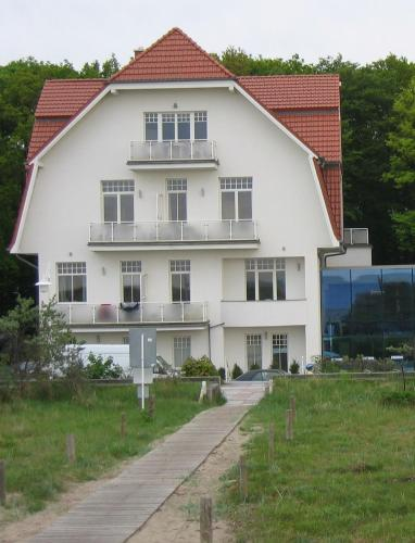 Apartments buchen in warnem nde for Hotels in warnemunde mit meerblick