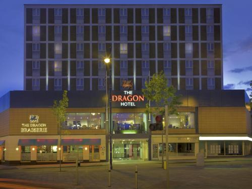Hotel Pictures: The Dragon Hotel, Swansea