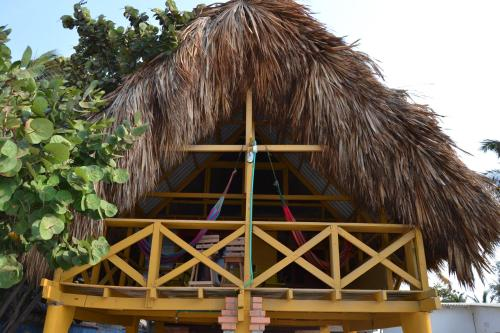 Hotel Pictures: Beachfront Cottage, Villa Carolina, Ciénaga