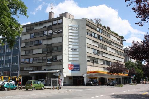 Businesshome Rautistrasse